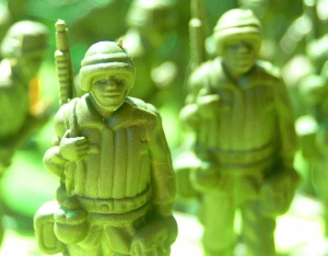 army blur figurines green
